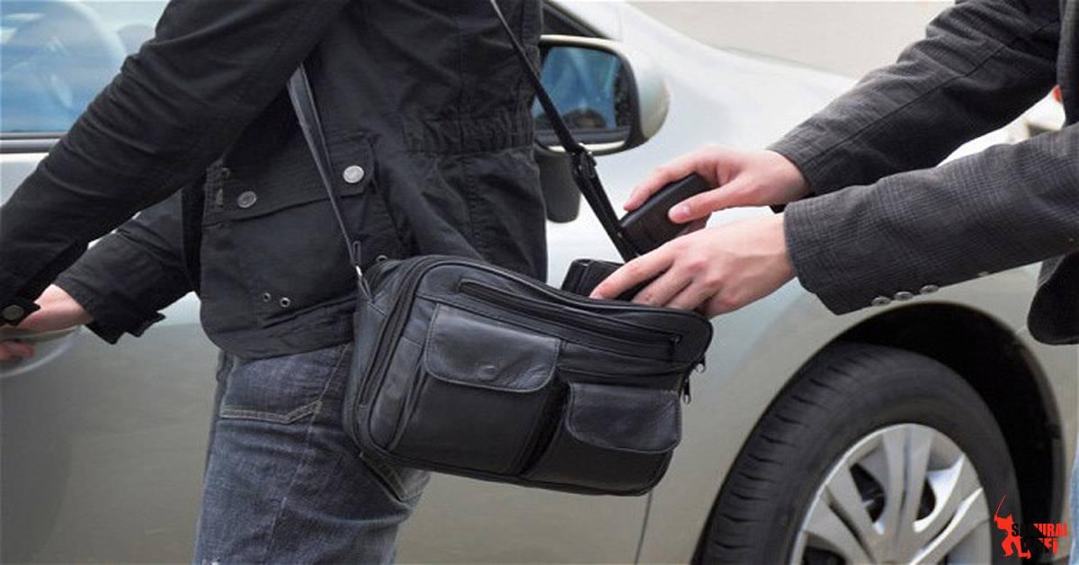 Điện thoại ví vật dụng dễ bị trộm khi du lịch Châu Âu