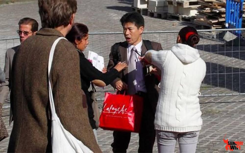 wifi du lịch samurai cảnh báo vấn nạn dàn cảnh cướp ở Châu Âu