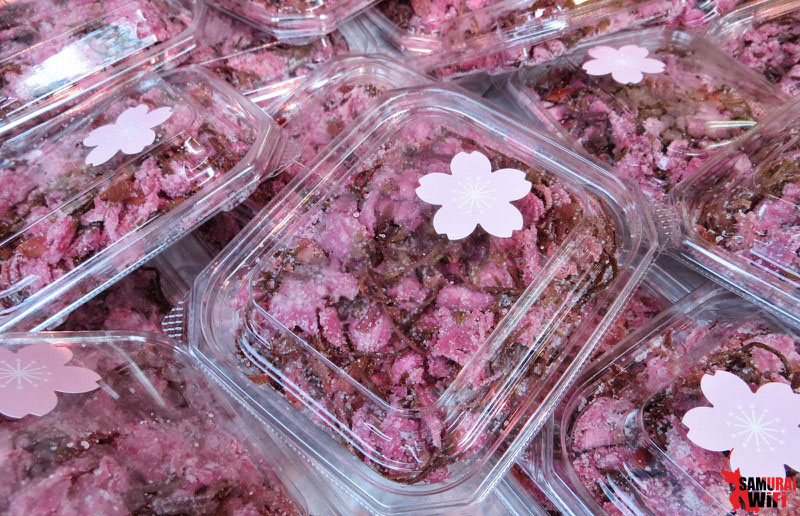 Món ăn được làm từ hoa đào